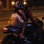 passeando-de-moto