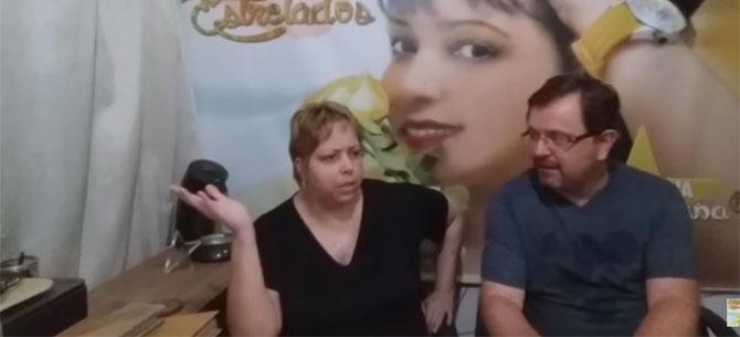 Banner para Homem vê vídeo pornô escondido no celular e esposa quase bota fim no casamento
